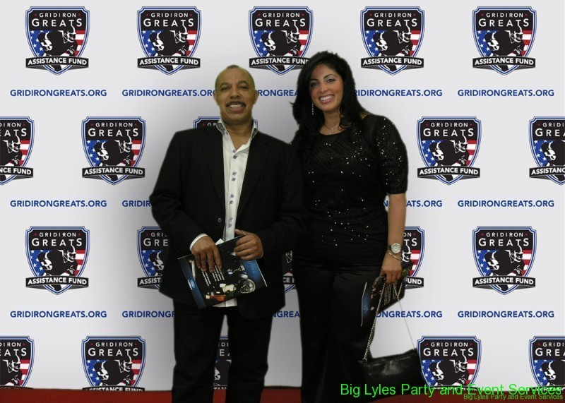 Supporting guest on the Red Carpet at 2014 Detroit Gridiron greats event