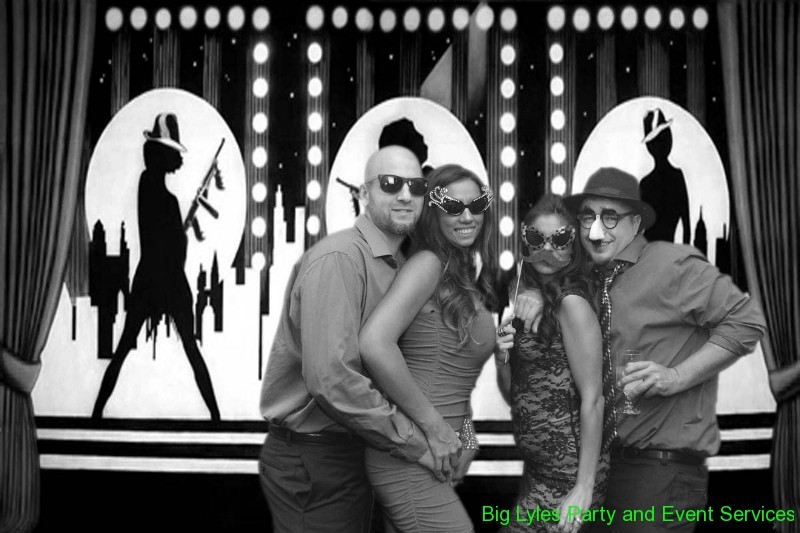 Fun new wedding services, funny photos made by biglyles, green screen photography
